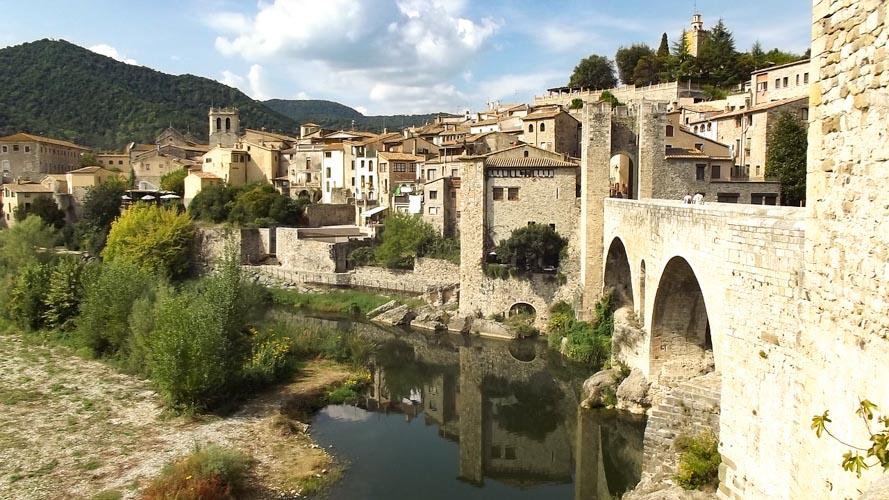 Besalú, Los pueblos más bonitos de Girona.